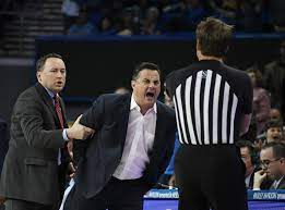 Sean Miller ejected in Arizona ...