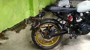 cafe racer byson or fz15