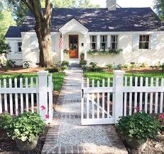 white picket fence. We\u0027d Choose A Cute Little Cottage With White Picket Fence Over Big \u0027ol  Mansion Any Day