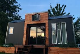Designing a tiny house Diy Bright Modern Tiny House Tiny House Design Tiny Home Diy Tiny Home Tinyfindy This Amazing Lightfilled Tiny House Packs Big Style For Just 35k