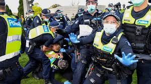 Thousands of people attended the protest in melbourne. Coronavirus Australia Live News Over A Dozen Anti Lockdown Protesters Arrested
