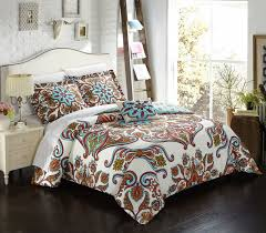 queen an amazing display of artistry on bedding crafted large scale panel printed paisley