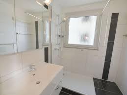 Dusche Direkt Am Fenster Duschewc Mit Architecture Duschkabine Vor