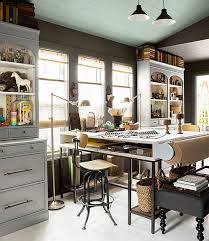 Designing Home Office Simple Decoration