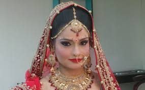 indian bridal makeup with heavy jewelry 41