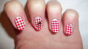 Nail Art With Red And White Colour - Nail Art Ideas