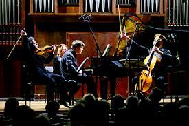 Без <b>Бетховена</b>. <b>Музыка</b> глухих композиторов прозвучала на ...