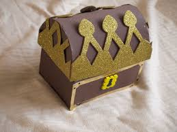 Treasure Chest Decorations How To Make A Pirate Treasure Chest Here Come The Girls