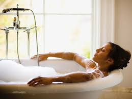 Bagno Rilassante Fatto In Casa : Consigli per il bagno rilassante perfetto io donna