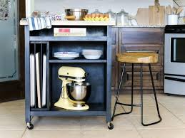 DIY Kitchen Island on Wheels