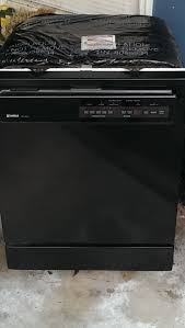 kenmore dishwasher black. dishwasher down there that works flawlessly. i know how much ultra wash dishwashers are prized on this site so someone take it off of our hands. kenmore black