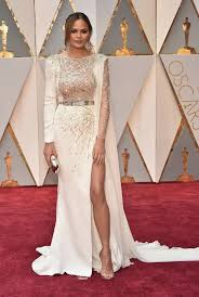 See All The Oscars 2017 Red Carpet Dresses and Looks