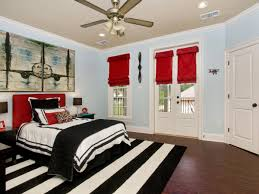 Red Black And White Bedroom Decidyncom Page 124 Contemporary Bedroom With Rectangular