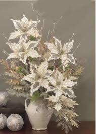 Image Holiday Totally Adorable White Christmas Floral Centerpieces Ideas 12 Pinterest 46 Totally Adorable White Christmas Floral Centerpieces Ideas