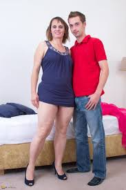 Hairy housewife fucking hard and long at Mature Sex Pictures