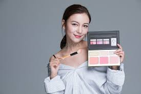 Makeup For Young Ladies Photo Image_picture Free Download