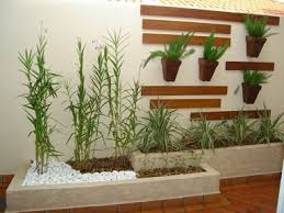 Neste artigo separamos algumas dicas imperdíveis para demonstrar à você como fazer um jardim no quintal cimentado. Como Fazer Um Jardim No Quintal Cimentado Decorando Casas