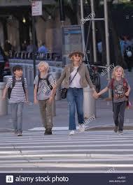 Naomi Watts And Kids High Resolution ...