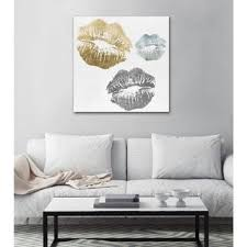 Shop Oliver Gal 'Luxury <b>Kiss</b>' <b>Fashion</b> and <b>Glam</b> Wall Art Canvas ...