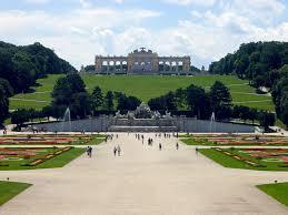 schonbrunn palace garden vienna