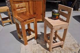DIY Barstools - Easy Wooden Bar Stools - Easy and Cheap Ideas for Seating  and Creative
