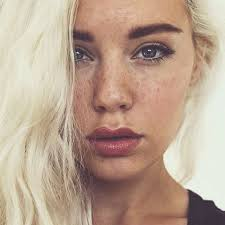 25 best ideas about freckles makeup on naturally pretty s natural face and s selfies