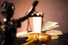 Mai multe asociaţii de magistraţi critică dur memorandumul de desfiinţare a SIIJ