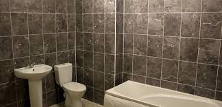 bathroom wall. large-format wall tiles bathroom o