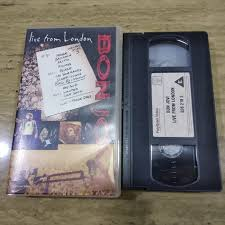 This vintage live concert by bonjovi from 1995 in support of their album these days is an awesome concert. Jual Bon Jovi Live From London Vhs Video Jakarta Barat Berlie Games Tokopedia