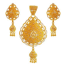 22kt two tone gold pendant set