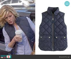 WornOnTV: Claire's blue striped shirt and navy quilted vest on ... & J. Crew Excursion Quilted down Vest worn by Claire Dunphy on Modern Family Adamdwight.com
