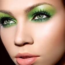 green eyeshadow image
