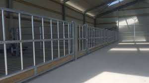 one four bay slatted tank is suitable for feeding either sheep or cattle