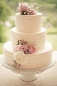 Elegant Wedding Cakes With Horizontal Knife Strokes With Santa