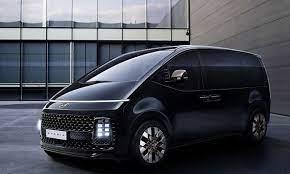 Marktstart im Herbst 2021: Wie viel Auto man beim Hyundai Staria fürs Geld  bekommt « kleinezeitung.at