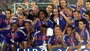 No te pierdas el mejor resumen de la final entre italia e inglaterra de la eurocopa 2020 con tanda de penaltis incluida. Eurocopa 2000 La Eurocopa De Los Goles De Oro