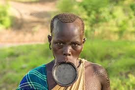 woman from the african tribe surma with