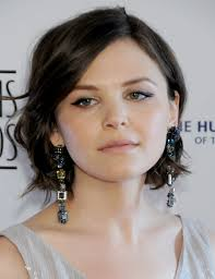 Short Haircuts On Celebrities Wavy Bobs Bobs And Hair Coloring