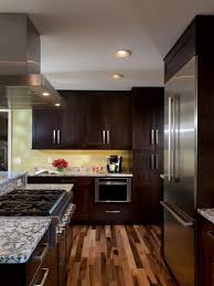 Uneven Kitchen Floor 25 Elegant Kitchens With Hardwood Floors Page 4 Of 5 Home Epiphany