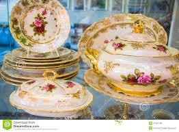dining tableware