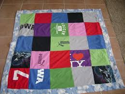 How to Make a Quilt Out of Old T-shirts: 4 Steps & DSC01604. Adamdwight.com