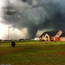 「2013 Moore tornado」の画像検索結果