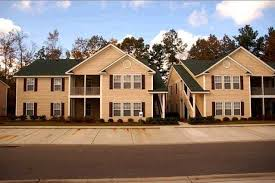 3 bedroom apartments in charleston sc. haddon hall is offering 2 and 3 bedroom apartment rentals in charleston, south carolina. these floor plans have bathrooms. rent from $1105 up to $1255. apartments charleston sc o