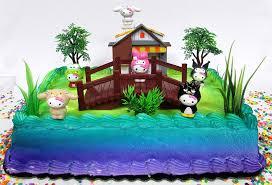 Amazoncom Hello Kitty Birthday Cake Topper Set Featuring Hello