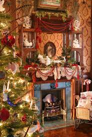 victorian-christmas-decorating-ideas-26