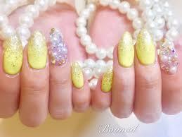 黄色 ネイル