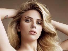 Scarlett Johansson, Misfit Movie Star ...