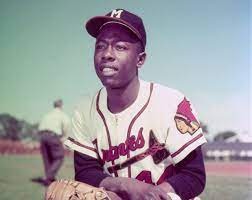 Hank Aaron's fame stretched worldwide ...