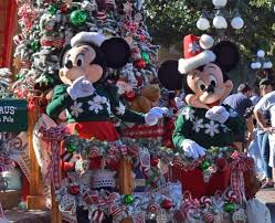 Guide to Planning for Holidays at Disneyland 2017