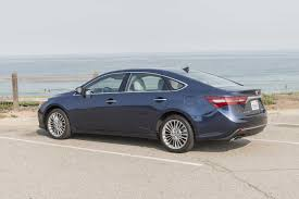 2017 Toyota Avalon Reviews and Rating | Motor Trend